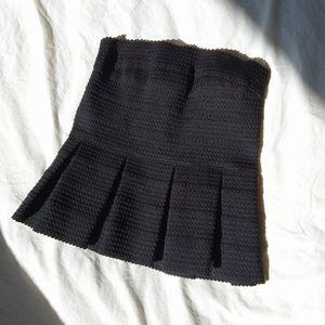 ✏️ Pleated Black Tube Top